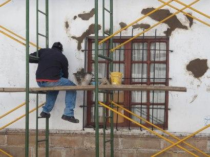 Des peintres en bâtiment ...